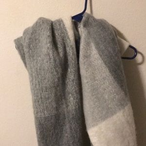Zara Soft feel Scarf
